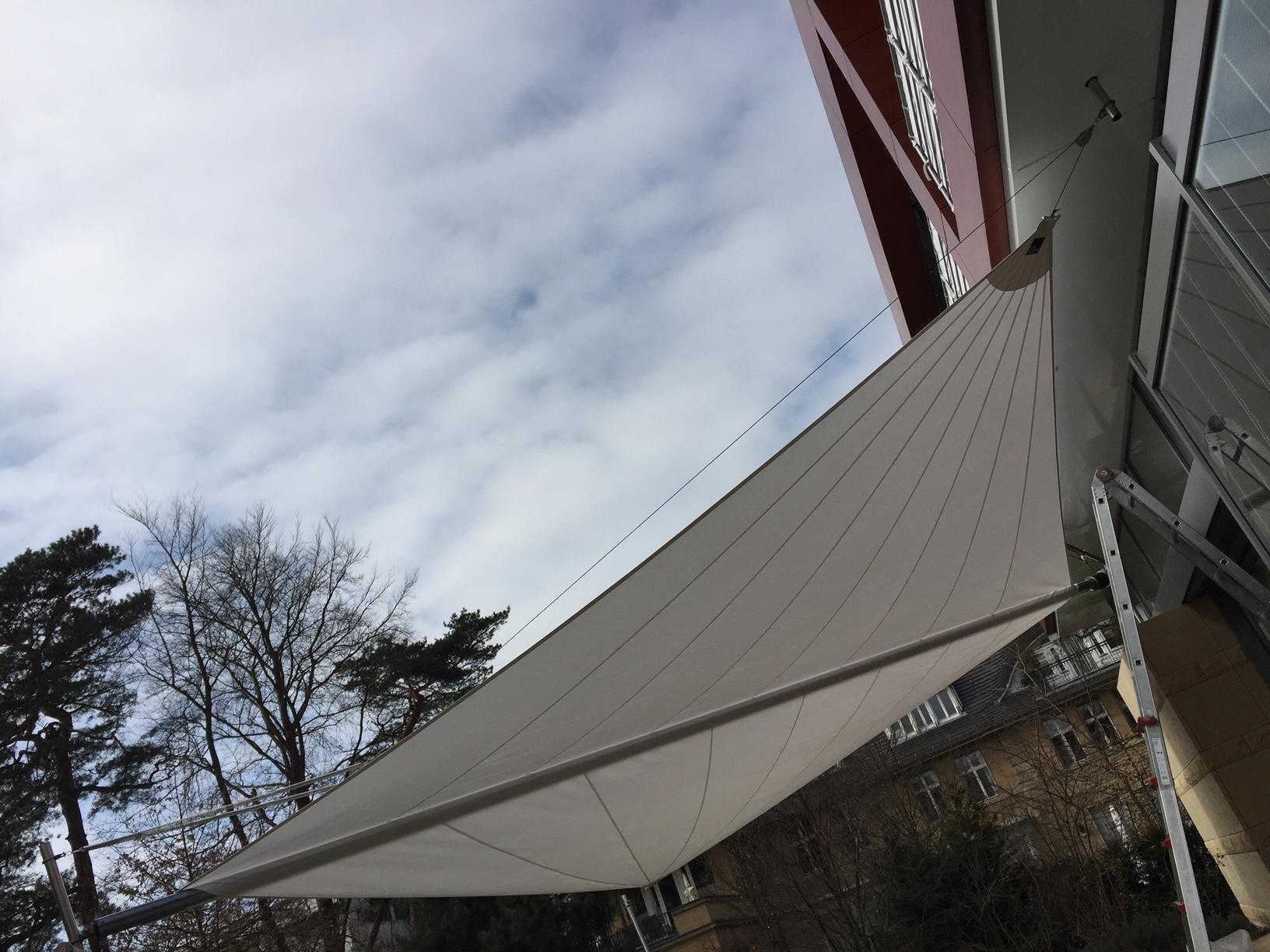 Tücher-Wechsel einer Sunsquare Segel Anlage